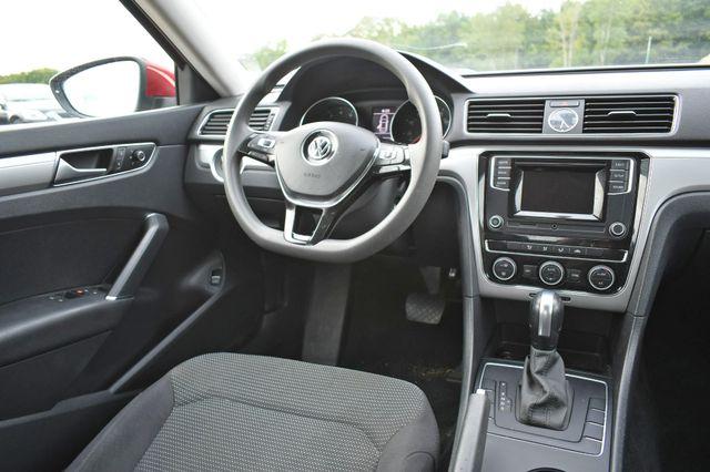 2016 Volkswagen Passat 1.8T S Naugatuck, Connecticut 15