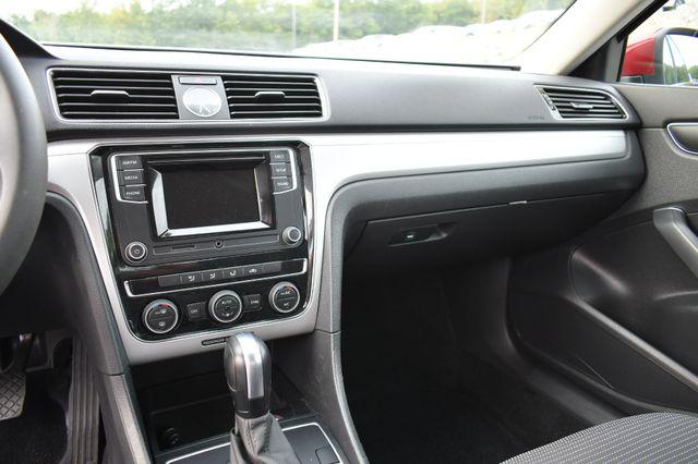 2016 Volkswagen Passat 1.8T S Naugatuck, Connecticut 21