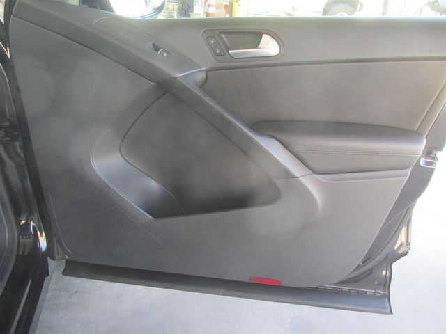 2016 Volkswagen Tiguan SE Gardena, California 13
