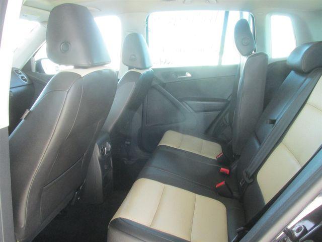 2016 Volkswagen Tiguan SE Gardena, California 10