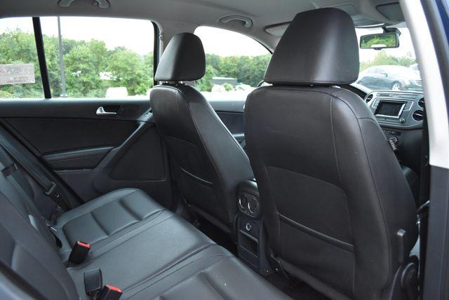2016 Volkswagen Tiguan S Naugatuck, Connecticut 10