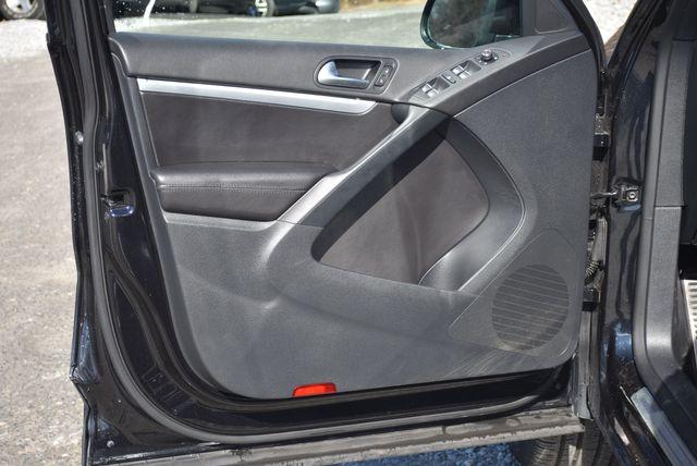 2016 Volkswagen Tiguan R-Line Naugatuck, Connecticut 24