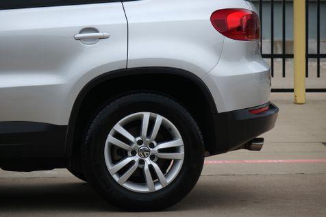 2016 Volkswagen Tiguan S* Back Up Camera* Only 81k Mi* EZ Finance**   Plano, TX   Carrick's Autos in Plano, TX