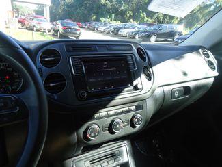 2016 Volkswagen Tiguan SE NAVIGATION. PANORAMIC. LTHR. APPLECARPLAY SEFFNER, Florida 25