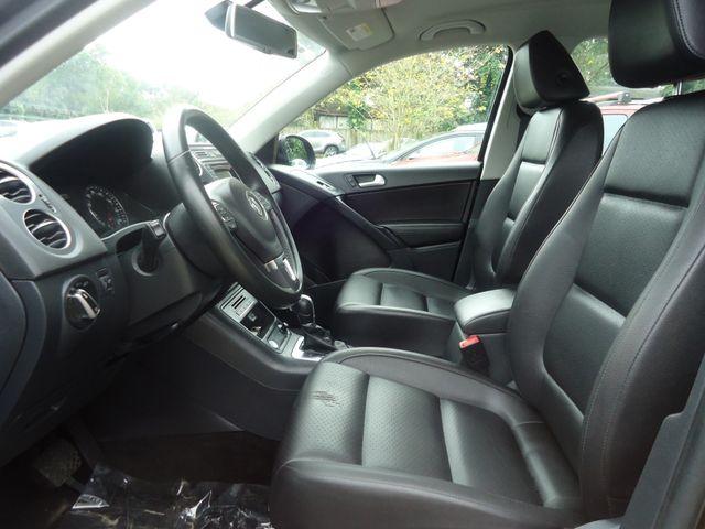 2016 Volkswagen Tiguan LEATHER. HTD SEATS. CAMERA SEFFNER, Florida 3