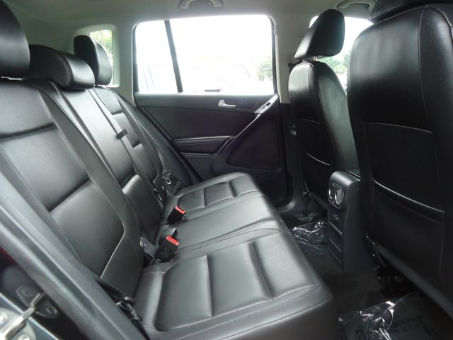 2016 Volkswagen Tiguan LEATHER. HTD SEATS. CAMERA SEFFNER, Florida 17