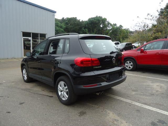 2016 Volkswagen Tiguan LEATHER. HTD SEATS. CAMERA SEFFNER, Florida 11