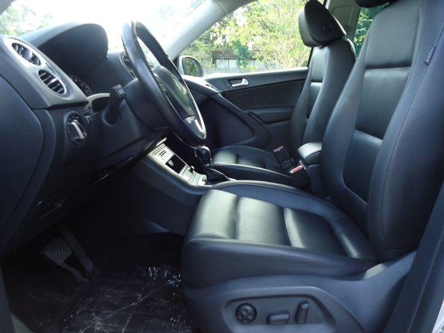 2016 Volkswagen Tiguan SE PANORAMIC. NAVIGATION SEFFNER, Florida 5
