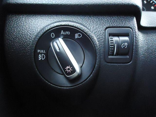 2016 Volkswagen Tiguan SE PANORAMIC. NAVIGATION SEFFNER, Florida 33