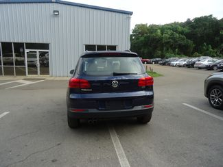 2016 Volkswagen Tiguan LEATHER. HTD SEATS. CAMERA SEFFNER, Florida 11