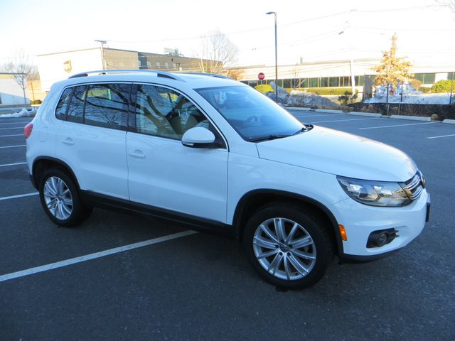 2016 Volkswagen Tiguan SE 4Motion Watertown, Massachusetts 3