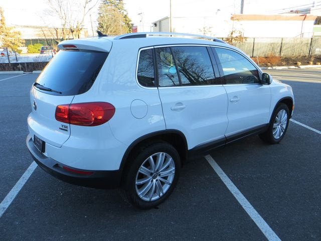 2016 Volkswagen Tiguan SE 4Motion Watertown, Massachusetts 4