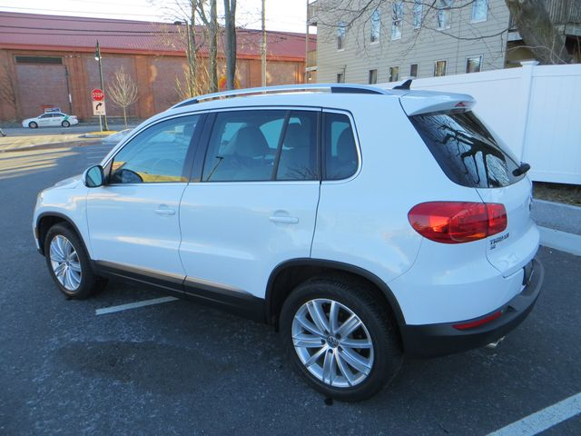 2016 Volkswagen Tiguan SE 4Motion Watertown, Massachusetts 6
