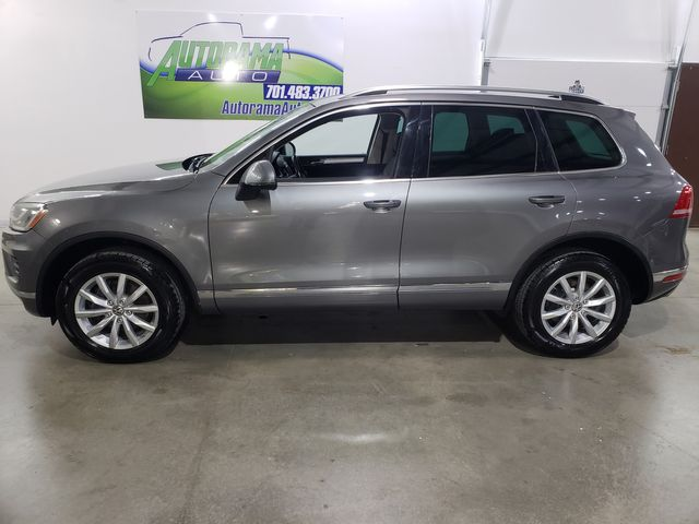2016 Volkswagen Touareg Sport w/Technology in Dickinson, ND 58601