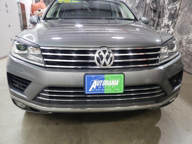 2016 Volkswagen Touareg Sport w/Technology in Dickinson, ND 58601