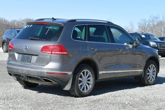 2016 Volkswagen Touareg Sport w/Technology Naugatuck, Connecticut 4