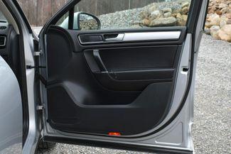 2016 Volkswagen Touareg Sport AWD Naugatuck, Connecticut 11