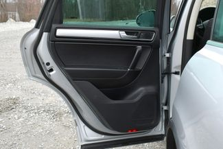 2016 Volkswagen Touareg Sport AWD Naugatuck, Connecticut 14