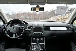 2016 Volkswagen Touareg Sport AWD Naugatuck, Connecticut 18
