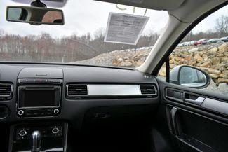 2016 Volkswagen Touareg Sport AWD Naugatuck, Connecticut 19