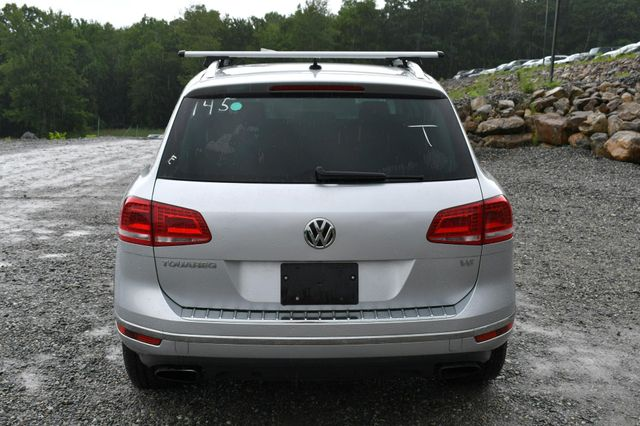 2016 Volkswagen Touareg Sport AWD Naugatuck, Connecticut 5