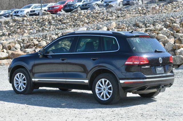 2016 Volkswagen Touareg Sport w/Technology Naugatuck, Connecticut 4