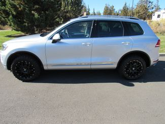 2016 Volkswagen Touareg TDI ONLY 15K MILES! Sport w/Technology Bend, Oregon 1