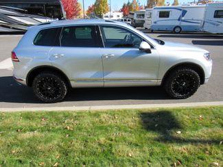 2016 Volkswagen Touareg TDI ONLY 15K MILES! Sport w/Technology Bend, Oregon 3