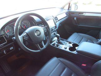 2016 Volkswagen Touareg TDI ONLY 15K MILES! Sport w/Technology Bend, Oregon 5