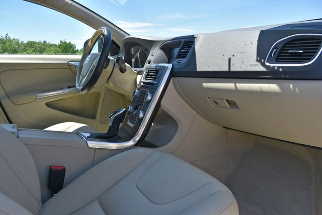 2016 Volvo S60 T5 Drive-E Premier Naugatuck, Connecticut 8