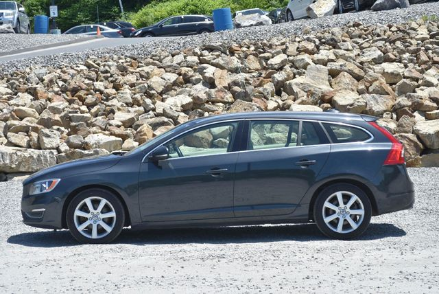 2016 Volvo V60 T5 Drive-E Premier Naugatuck, Connecticut 1