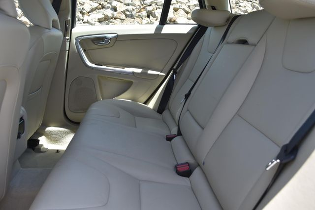 2016 Volvo V60 T5 Drive-E Premier Naugatuck, Connecticut 14