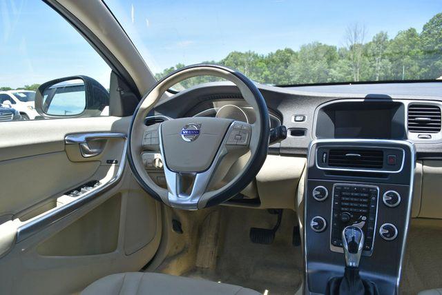 2016 Volvo V60 T5 Drive-E Premier Naugatuck, Connecticut 15