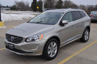 2016 Volvo XC60 T6 in Bettendorf, Iowa 52722