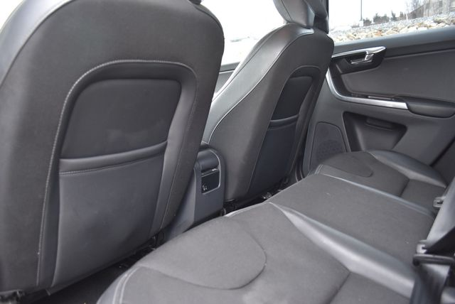 2016 Volvo XC60 T5 Drive-E Naugatuck, Connecticut 12