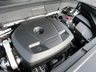 2016 Volvo XC90 T6 R-Design Bend, Oregon 23