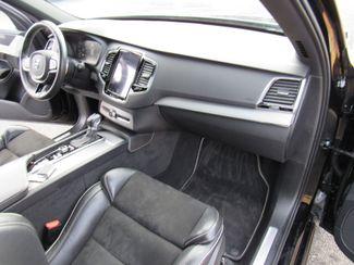 2016 Volvo XC90 T6 R-Design Bend, Oregon 6
