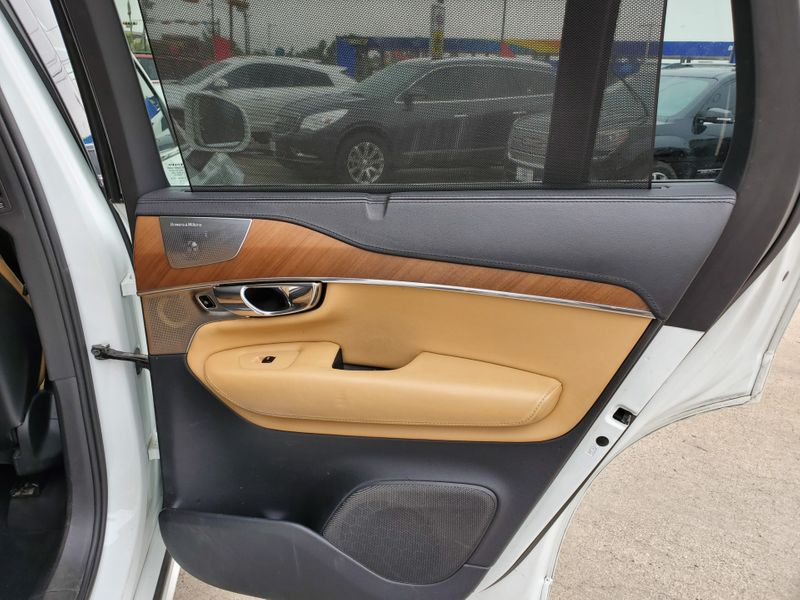 2016 Volvo XC90 T6 Inscription  Brownsville TX  English Motors  in Brownsville, TX