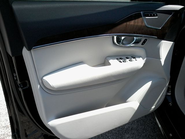 2016 Volvo XC90 T6 Momentum San Antonio, Texas 19