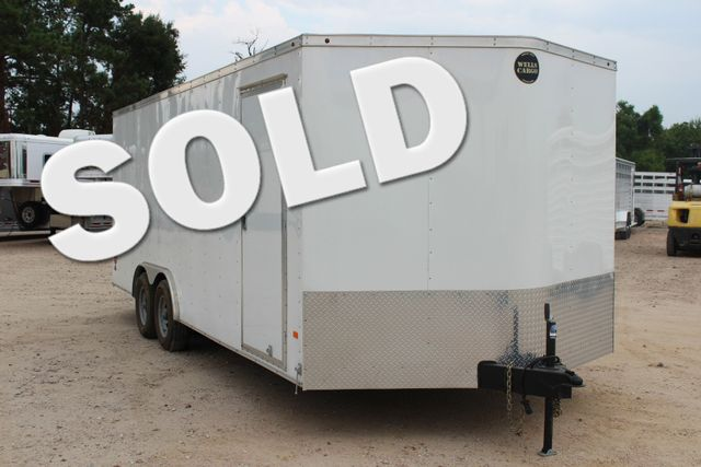 2016 Wells Cargo FT85204 20' ENCLOSED CAR TRAILER CONROE, TX 0