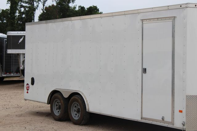 2016 Wells Cargo FT85204 20' ENCLOSED CAR TRAILER CONROE, TX 1