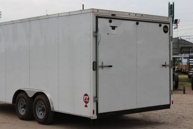 2016 Wells Cargo FT85204 20' ENCLOSED CAR TRAILER CONROE, TX 10