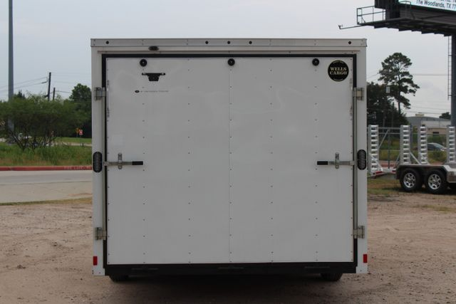 2016 Wells Cargo FT85204 20' ENCLOSED CAR TRAILER CONROE, TX 11