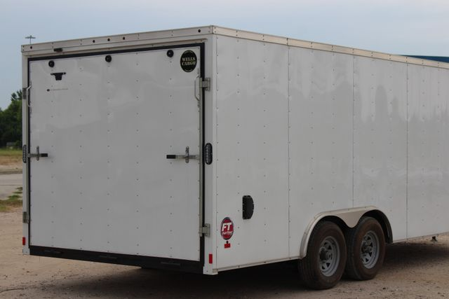 2016 Wells Cargo FT85204 20' ENCLOSED CAR TRAILER CONROE, TX 12