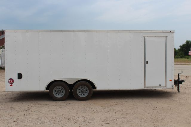 2016 Wells Cargo FT85204 20' ENCLOSED CAR TRAILER CONROE, TX 15