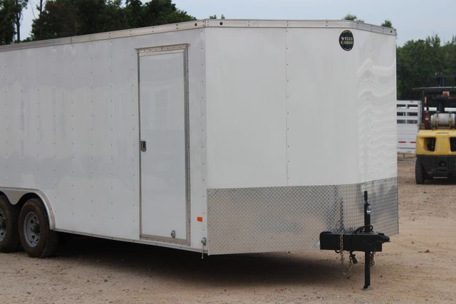 2016 Wells Cargo FT85204 20' ENCLOSED CAR TRAILER CONROE, TX 2