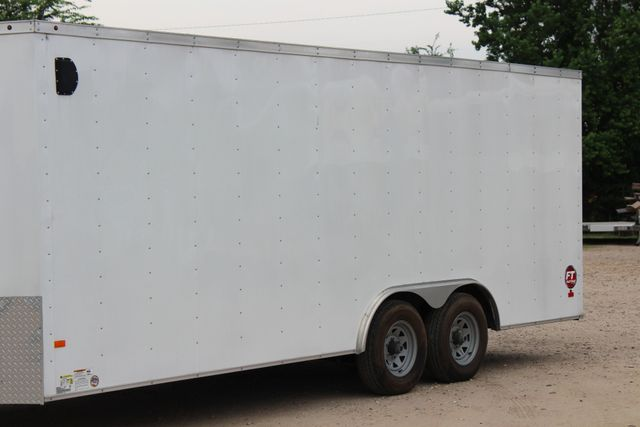 2016 Wells Cargo FT85204 20' ENCLOSED CAR TRAILER CONROE, TX 5
