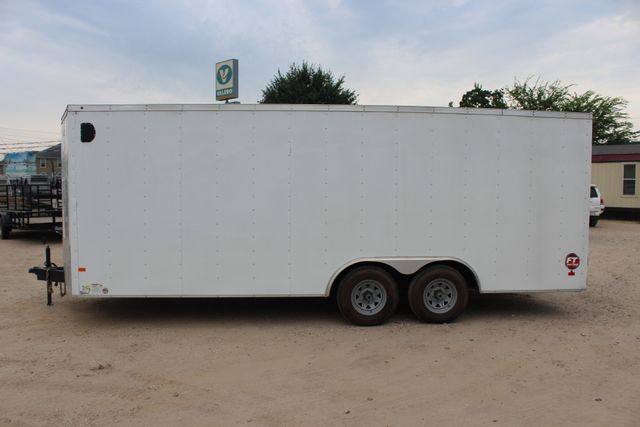 2016 Wells Cargo FT85204 20' ENCLOSED CAR TRAILER CONROE, TX 7