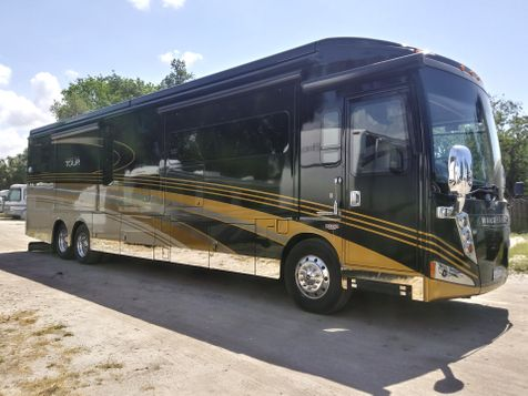 2016 Winnebago Grand Tour Series  M-42HL in Palmetto, FL