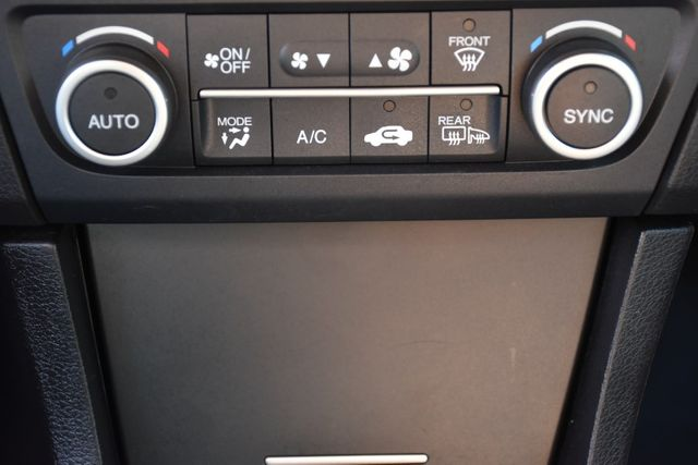 2017 Acura ILX w/Technology Plus Pkg Waterbury, Connecticut 27